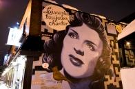 Let her sing street art
