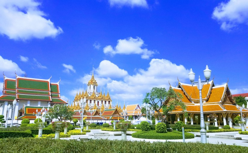 When Canadians Find Each Other –  A BangkokTale